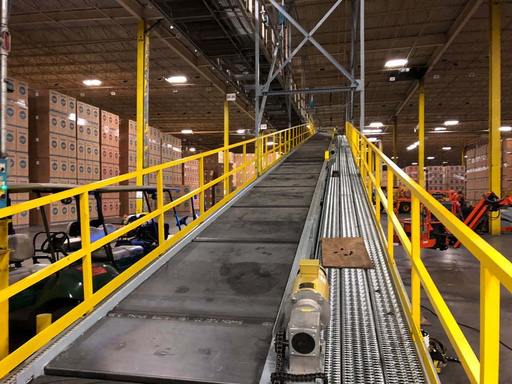 uphill conveyor belt